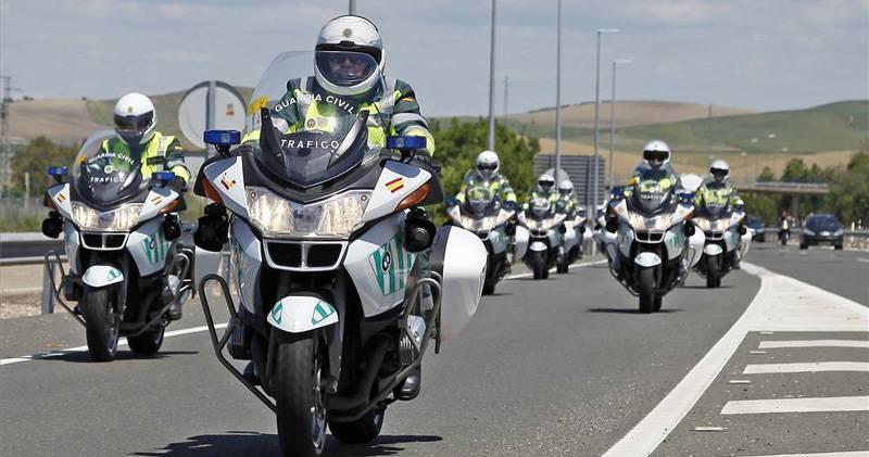 Motos en la onda la importancia del equipamiento - Guardia civil trafico zaragoza ...
